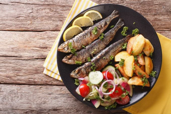 Fresh sardines with tomatoes and Gremolata