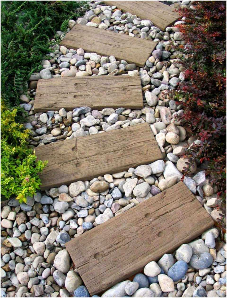 Amazingly Simple and Stylish Stepping Stone Idea