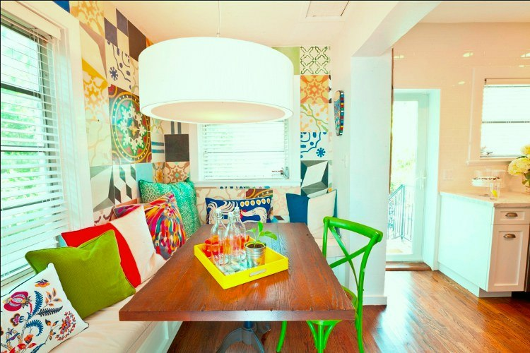 A Colorful Mishmash Breakfast Nook Idea