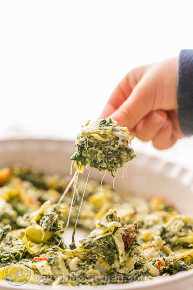 Baked Creamy Spinach & Artichoke Dip