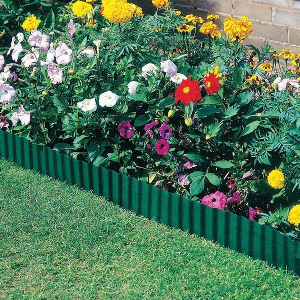 DIY Lawn Edging Ideas For Beautiful Landscaping: LAWN EDGING IDEAS TO KEEP GRASS OUT