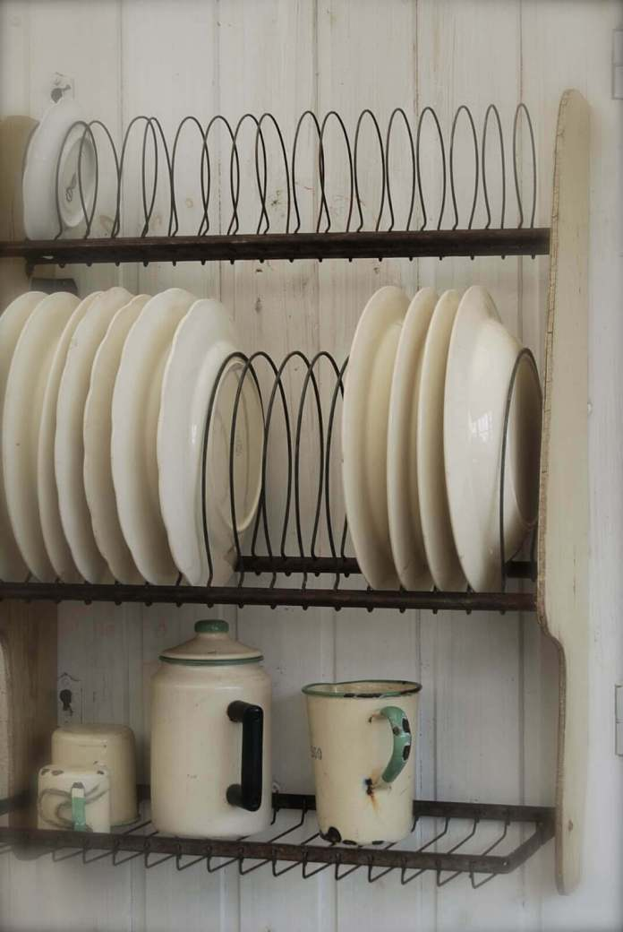 Attractive Organization with Wire Plate Racks