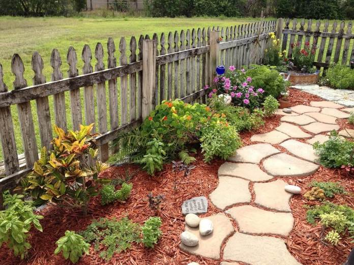 Mulch and Stone Garden Path