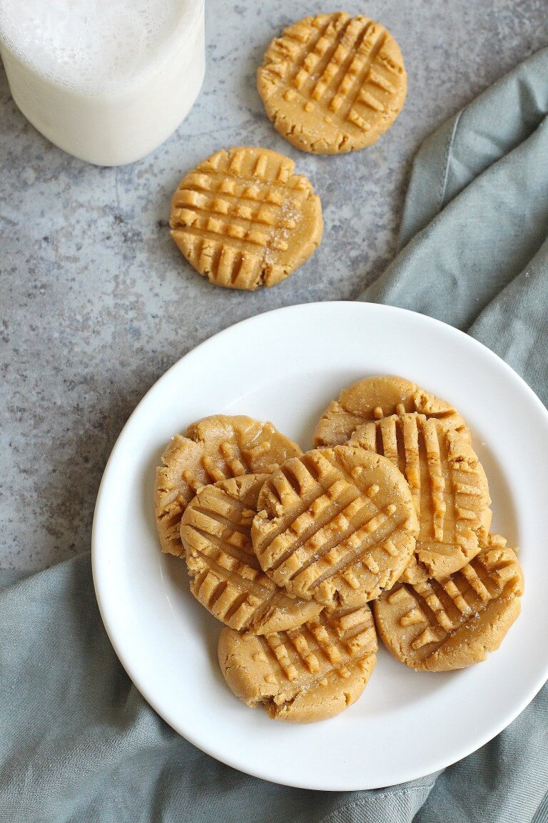 Vegan No-Bake Peanut Butter Cookies