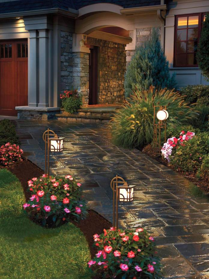 Modern Craftsman Lighted Path