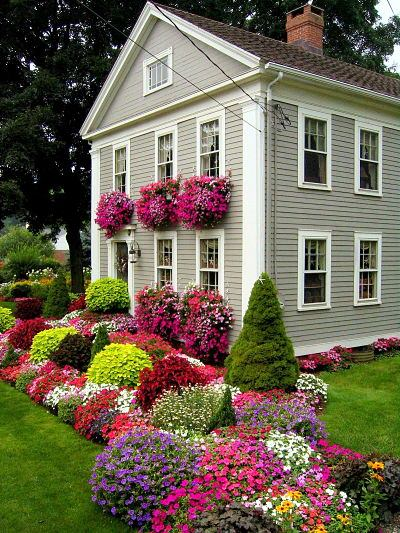 31 Gorgeous Flower Bed Ideas to Try For Your Garden ... on Flower Bed Ideas Backyard id=85064