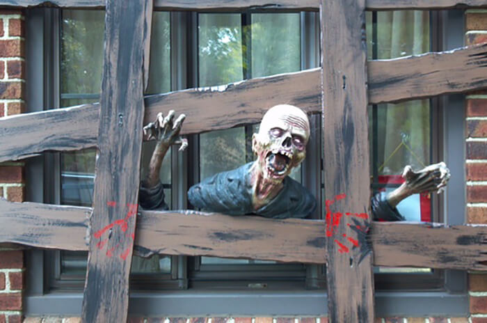 Zombie Escape | DIY Halloween Window Decoration Ideas