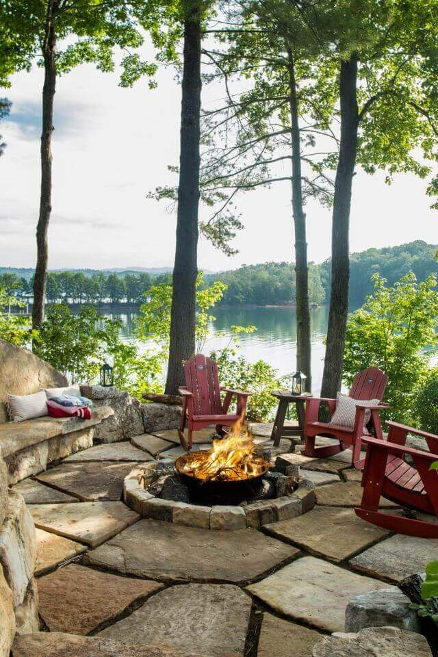 A Rustic Fire Overlooking the Lake | Awesome Firepit Area Ideas For Your Outdoor Activities