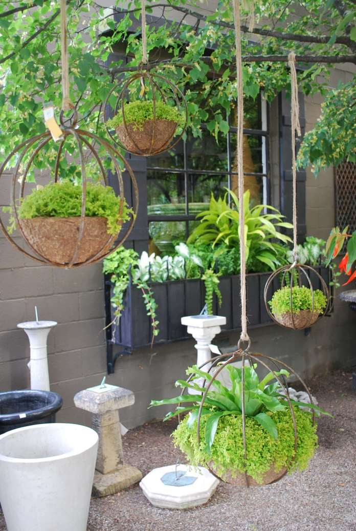 Chic Industrial Globe-Shaped Iron Hanging Planters | DIY Outdoor Hanging Planter Ideas | Plant Pot Design Ideas