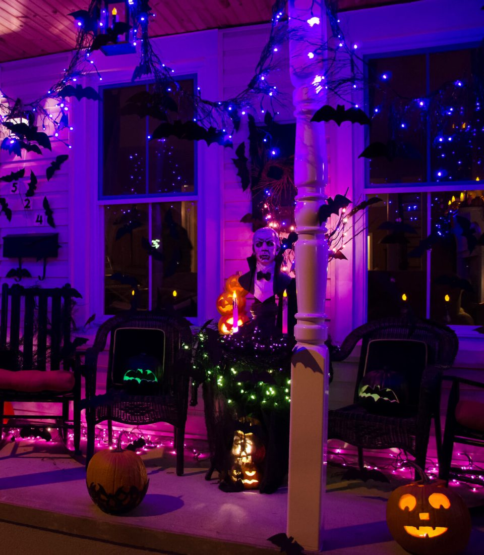 Lights for Halloween Too | Scary DIY Halloween Porch Decoration Ideas | vintage halloween porch