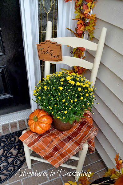 Fall Porch Design with the Basics | Fall Porch Decoration Ideas | Porch decor on a budget