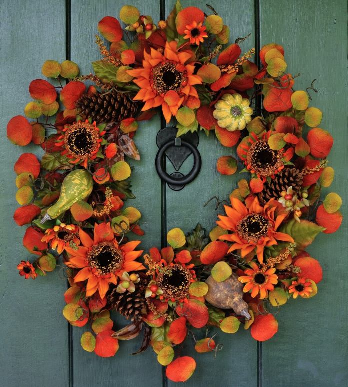 A Multicolored Perspective of Fall | Fall Porch Decoration Ideas | Porch decor on a budget