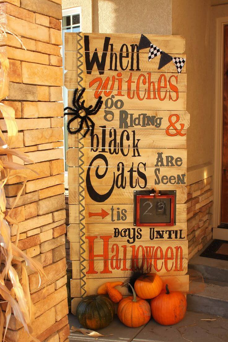 The Great Halloween Countdown | Scary DIY Halloween Porch Decoration Ideas | vintage halloween porch