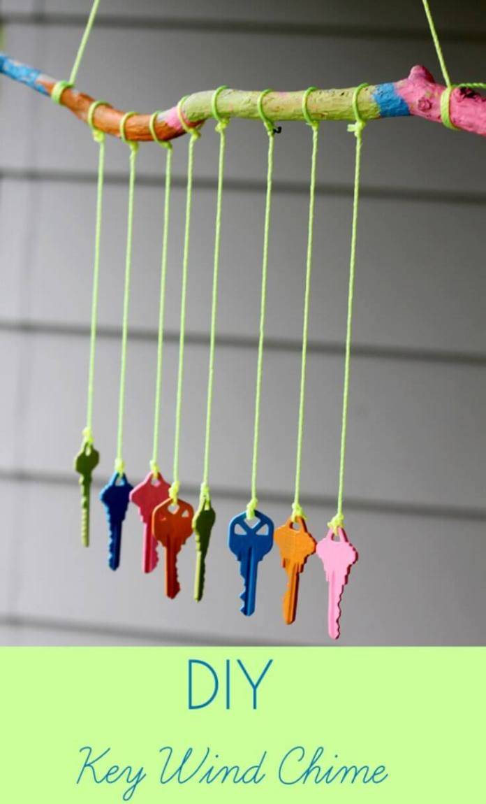 Rainbow Keys Jangling in the Air | DIY Painted Garden Decoration Ideas