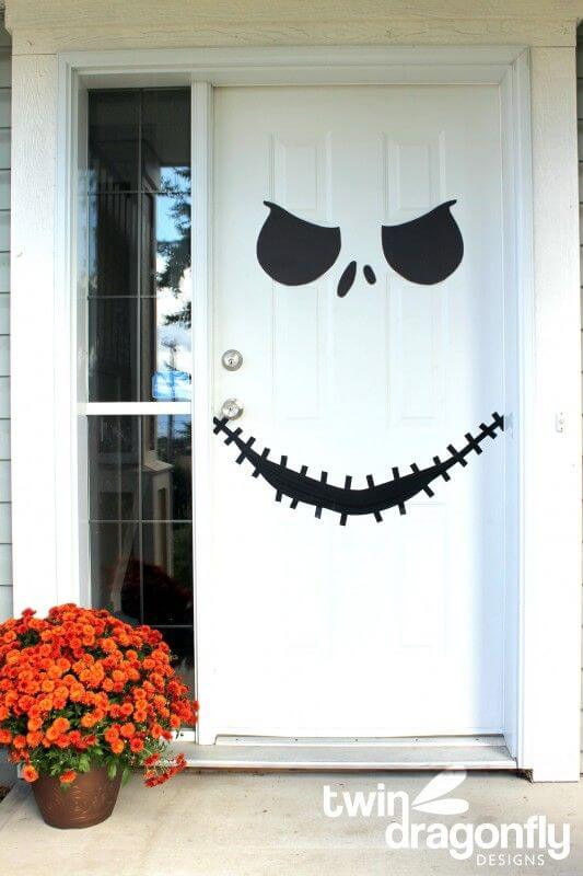 Halloween Door Decoration Ideas: Movie Halloween Inspiration