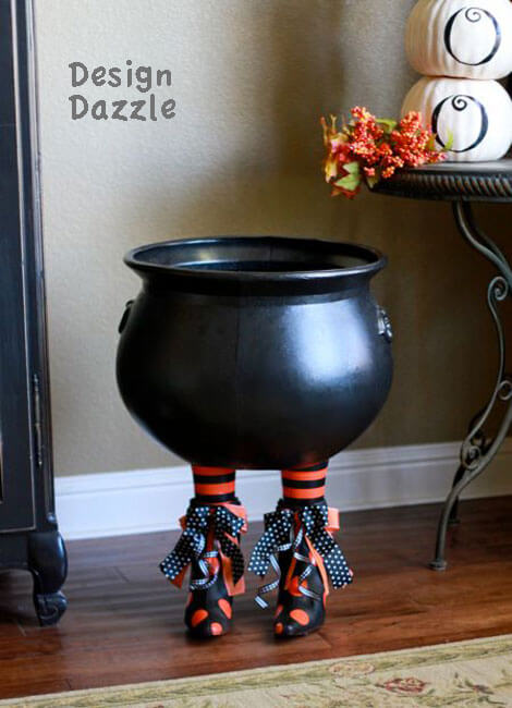 Witch-Inspired Cauldron Serves Up Treats | DIY Indoor Halloween Decorating Ideas