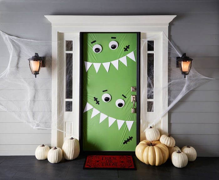 Halloween for Little Ones | Scary DIY Halloween Porch Decoration Ideas | vintage halloween porch
