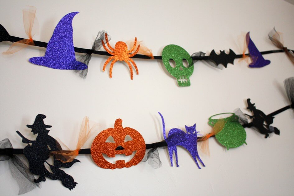 Banners, Banners, Everywhere | Awesome DIY Halloween Party Decor | BHG Halloween