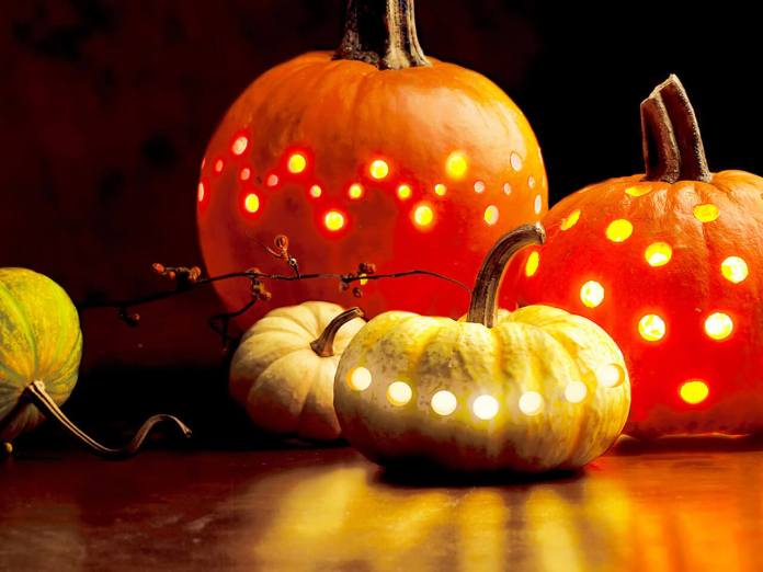 Break The Jack-O-Lantern Mold | DIY Indoor Halloween Decorating Ideas