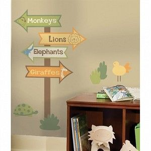 Zoo Signs Kids Wall Decals | Cool Zoo Themed Bedroom Ideas For Kids or Nursery
