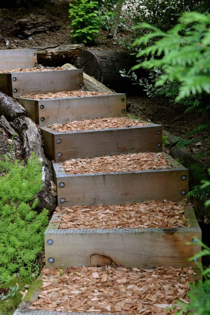 Garden Stair Made of Wood and Mulch | Creative Garden Step & Stair Ideas | FarmFoodFamily