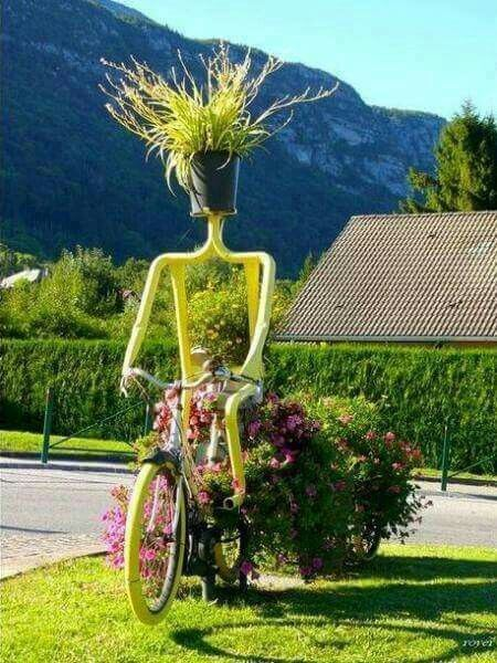 Tricycle Planter   Bicycle Garden Planter Ideas For Backyards   FarmFoodFamily