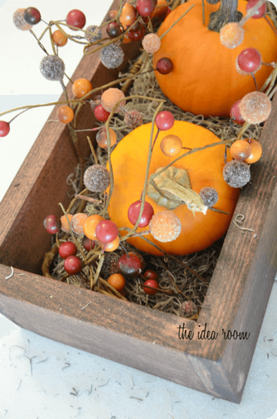 Thanksgiving Table Centerpiece | Best DIY Fall Centerpiece Ideas | FarmFoodFamily.com