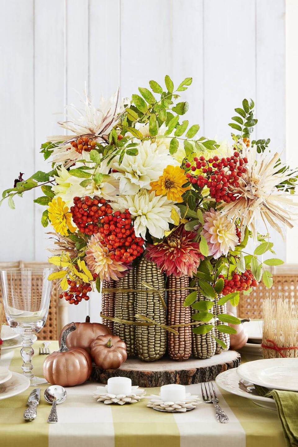 Metallic Maize Centerpiece | Best DIY Fall Centerpiece Ideas | FarmFoodFamily.com