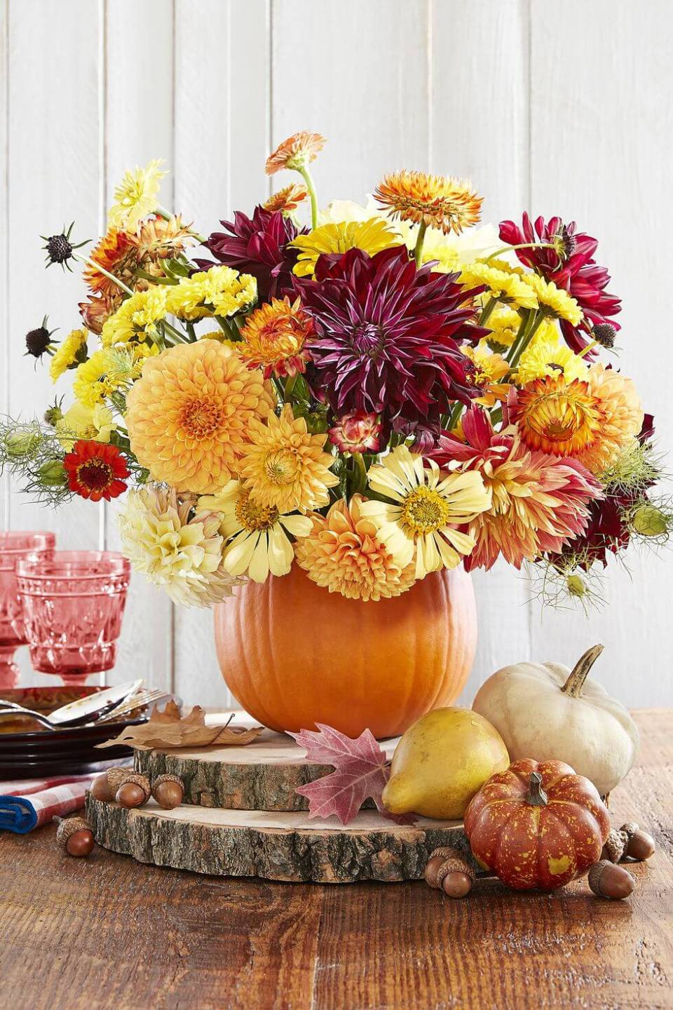 Pumpkin Vase | Best DIY Fall Centerpiece Ideas | FarmFoodFamily.com