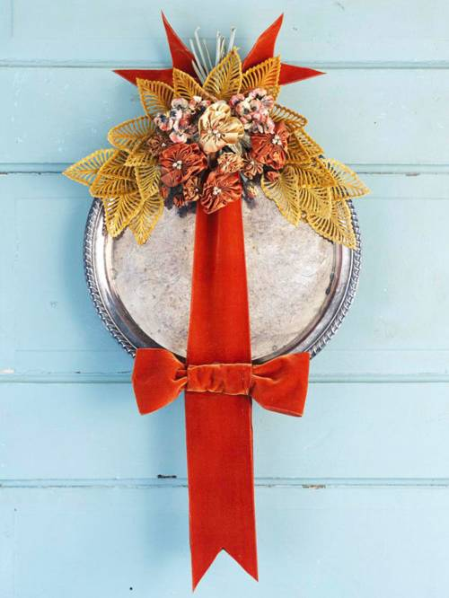 Silver Tray Autumn Wreath
