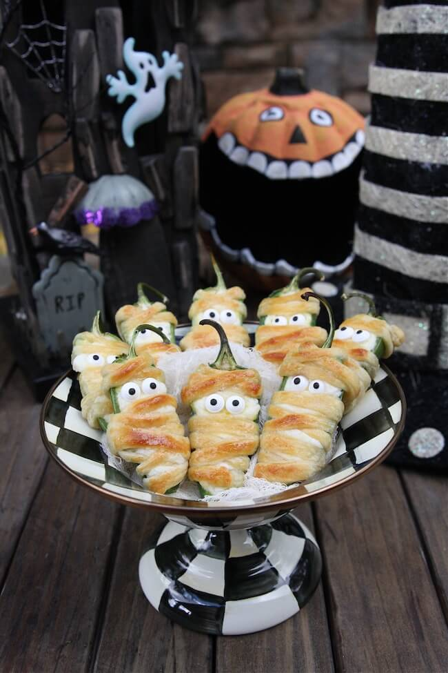 Halloween Jalapeño Popper Mummies | Halloween Party Food Ideas | Halloween Party Themes For Adults