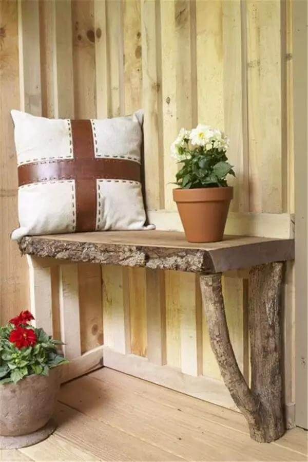 Wooden Bench | DIY Wood Tree Log Decor Ideas - FarmFoodFamily.com