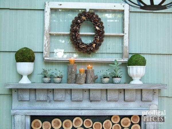 Wood Log Candlesticks | DIY Wood Tree Log Decor Ideas - FarmFoodFamily.com