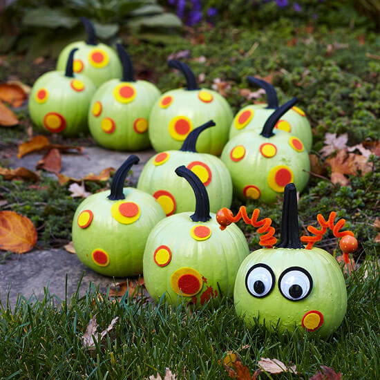 Caterpillar Pumpkins | No-Carve Pumpkin Decorating Ideas For This Halloween