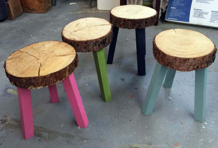 Wood Slice Stool | DIY Wood Tree Log Decor Ideas - FarmFoodFamily.com