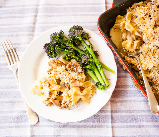 Turkey, beef or ham pasta bake | Ideas For Thanksgiving Leftovers | FarmFoodFamily.com