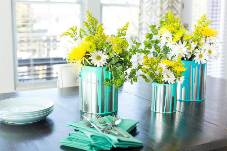 Decorate with Flowers book: Cheery + Charming