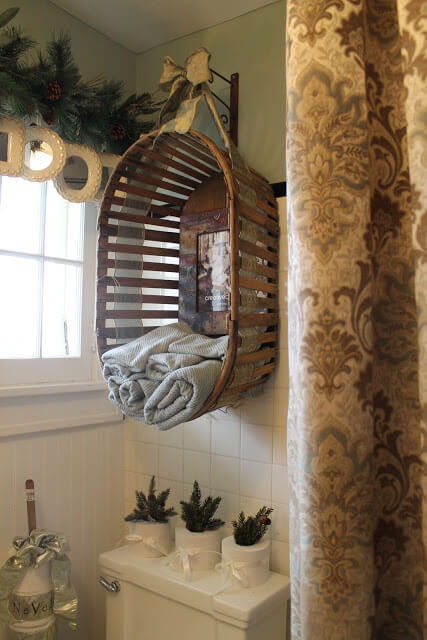 Vintage Basket | Best Over the Toilet Storage Ideas for Bathroom