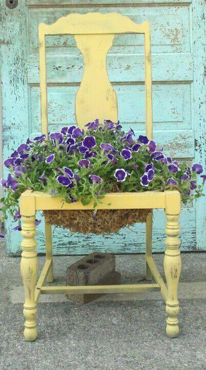 Flower pot chair | Creative Upcycled DIY Chair Planter Ideas For Your Garden