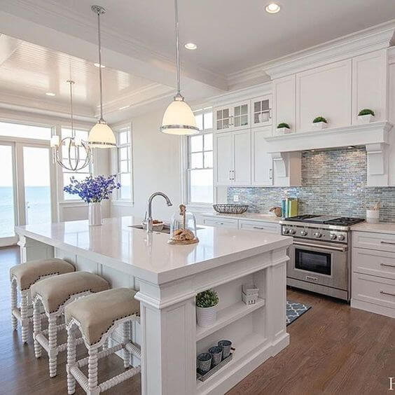 Luxury White Kitchen Design | Best White Kitchen Cabinet Decor Ideas
