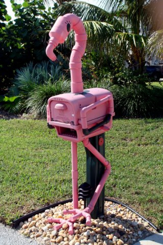 Pink flamingo mailbox | Best Mailbox Landscaping Ideas