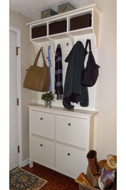 Best Small Entryway Decor & Design Ideas To Upgrade Space