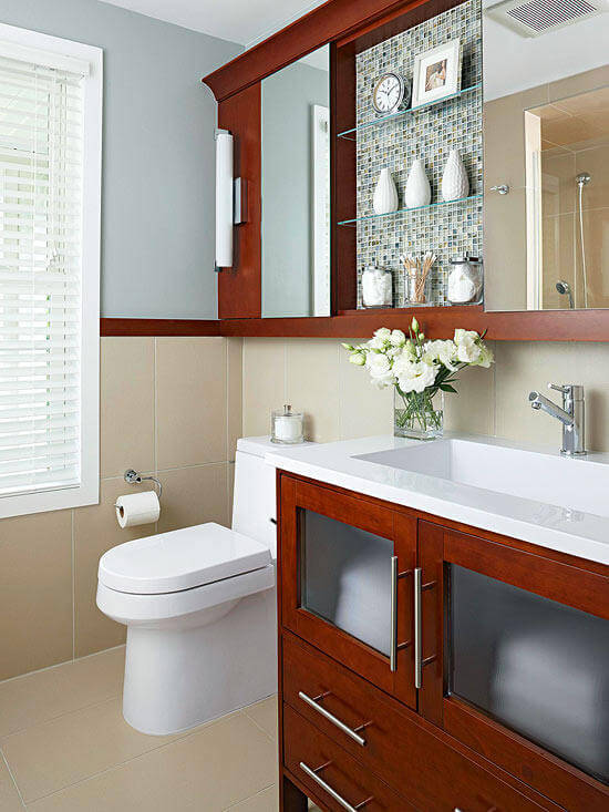 Mix of open and closed shelves | Best Small Bathroom Storage Designs & Ideas
