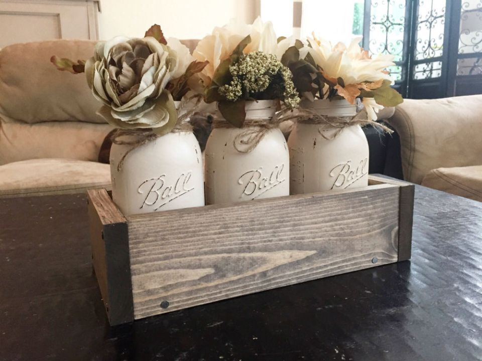 Mason Jar Centerpiece | Best Farmhouse Living Room Decor & Design Ideas