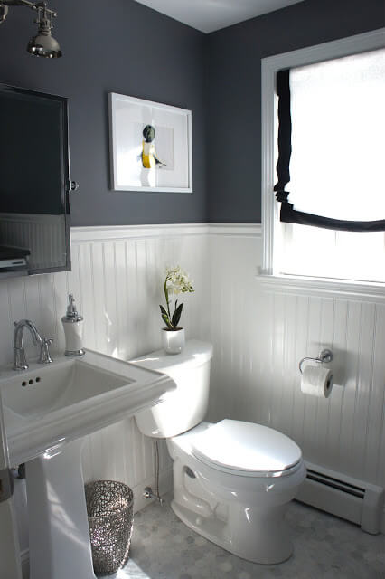 Bathrooms With Beadboard Wainscoting | Amazing Wainscoting Ideas for Your New Home