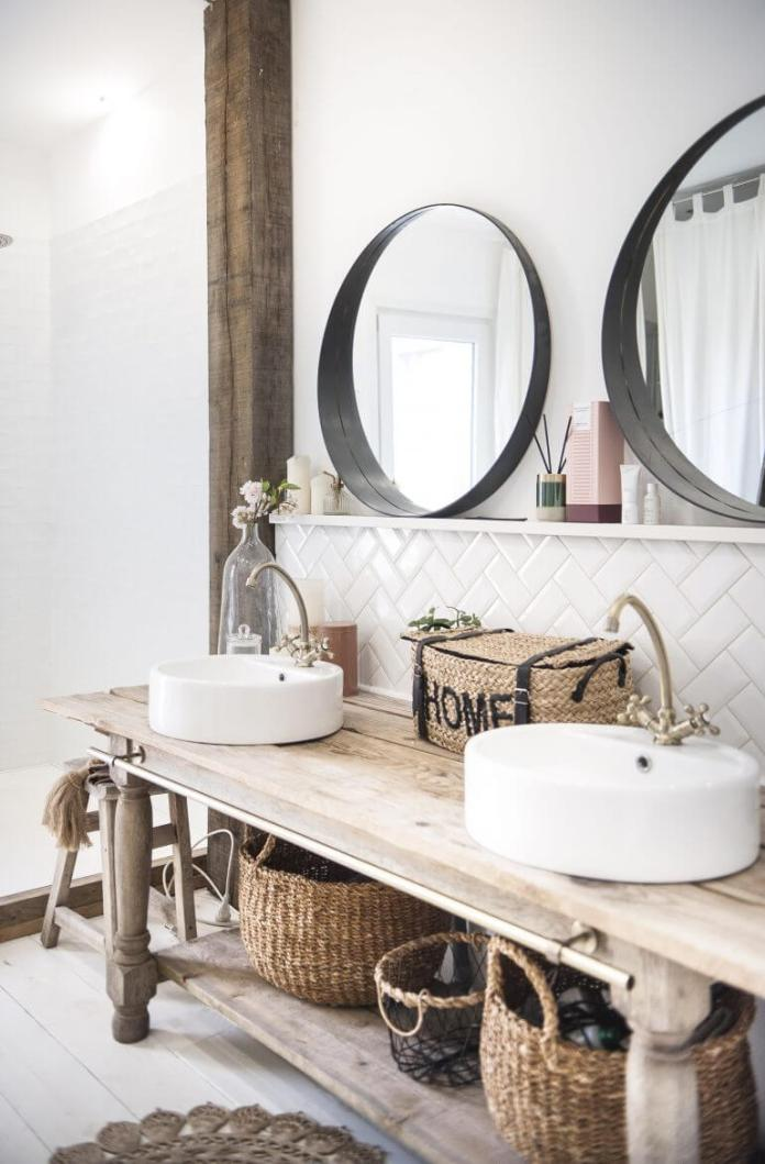 Charming Cottage Style Bathroom Ideas White floor poured a smooth slab with white expoxy paint