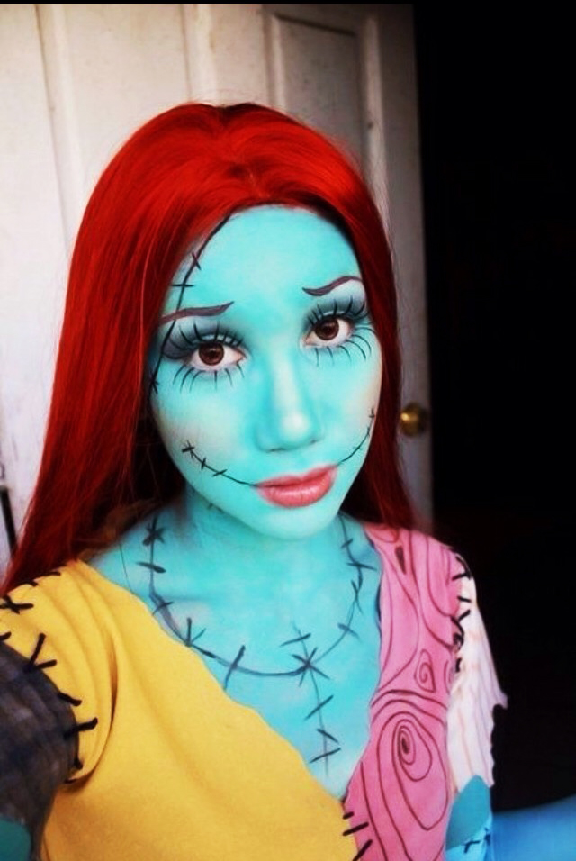 Girl with makeup for halloween as the girlfriend of jack