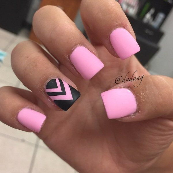 Baby Pink Nail Design with Black Zig Zag lines