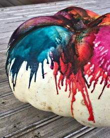 How to Decorate a Pumpkin with Crayons