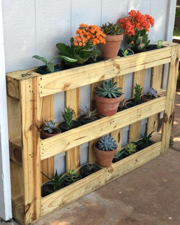 pallet wood shelves